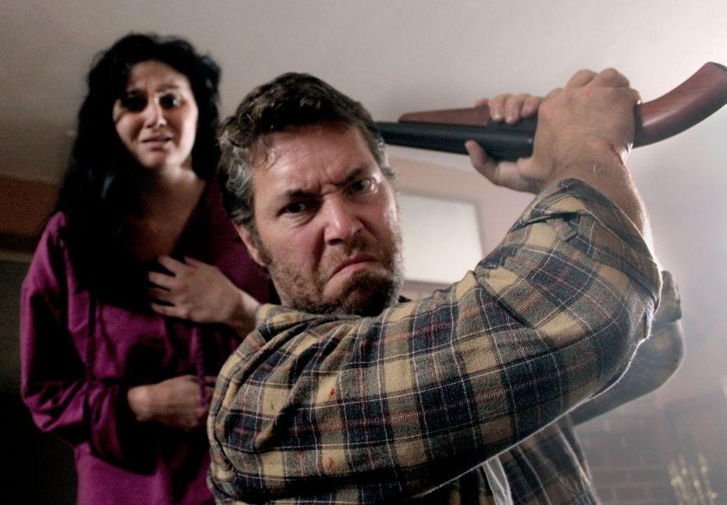 Chrystal Soto und Chuck Jordan gefällt es überhaupt nicht, wenn ihnen jemand erzählen will, was sie zu tun haben ... - Bildquelle: M2 Pictures