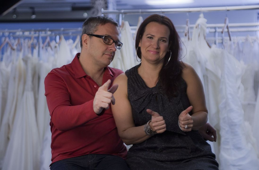 Rick (l.) und Leslie (r.) wollen auch ihren Kundinnen mit kleinem Budget ein traumhaftes Designer-Kleid ermöglichen ... - Bildquelle: TLC