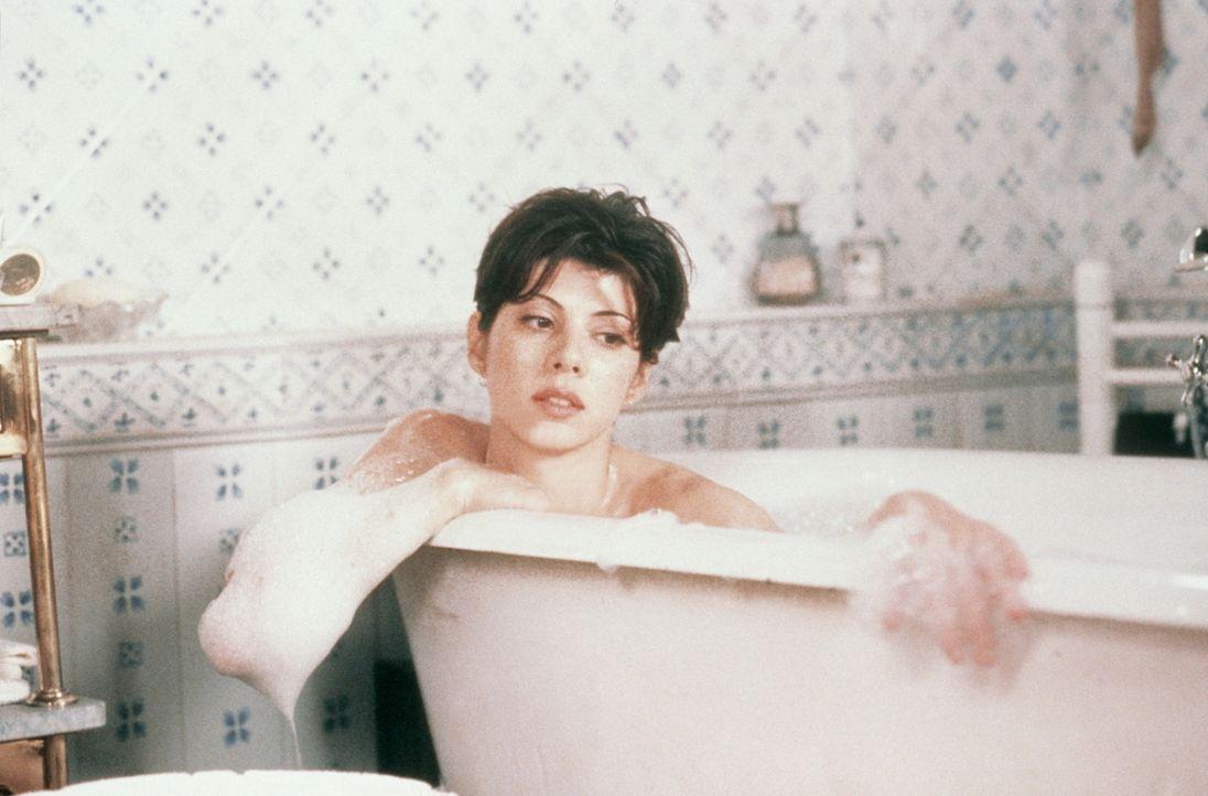 Kurz vor ihrer Hochzeit mit dem langweiligen Dwayne erhält Faith (Marisa Tomei) einen schicksalhaften Anruf von einem Unbekannten ... - Bildquelle: CPT Holdings, Inc.