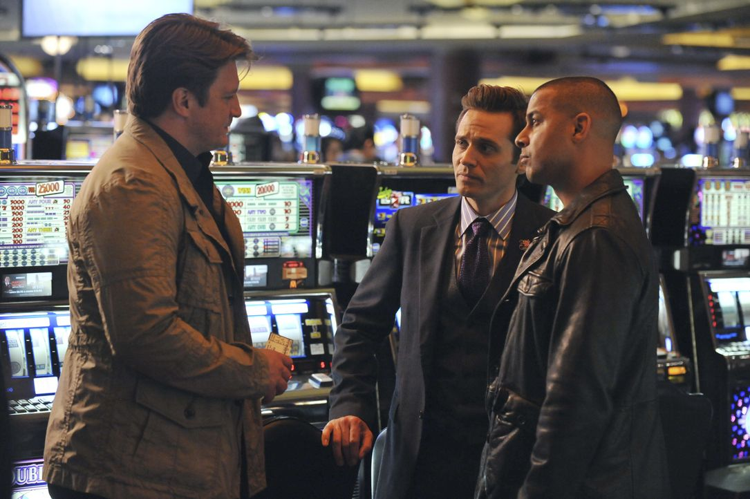 In Atlantic City kommen Castle (Nathan Fillion, l.), Ryan (Seamus Dever, M.) und Esposito (Jon Huertas, r.) auf dumme Gedanken wegen Ryans bevorsteh... - Bildquelle: 2011 American Broadcasting Companies, Inc. All rights reserved.