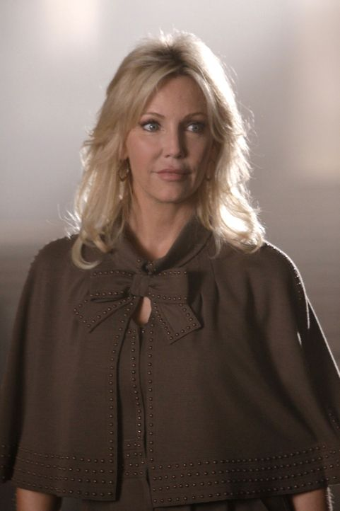 Wie weit geht Amanda (Heather Locklear), um ihr Geld zu bekommen? - Bildquelle: 2009 The CW Network, LLC. All rights reserved.