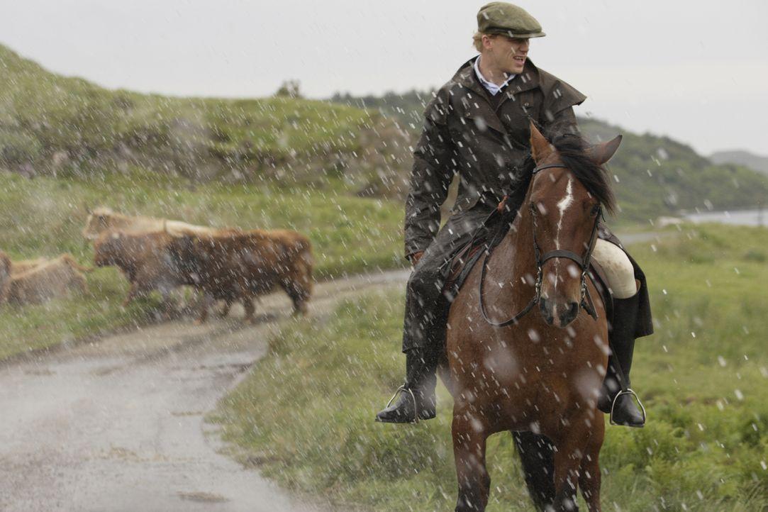 Die Großstädterin Hannah lernt in Schottland den vermögenden Naturburschen Colin (Kevin McKidd) kennen, in den sie sich prompt verliebt ... - Bildquelle: 2008 Columbia Pictures Industries, Inc. and Beverly Blvd LLC. All Rights Reserved.