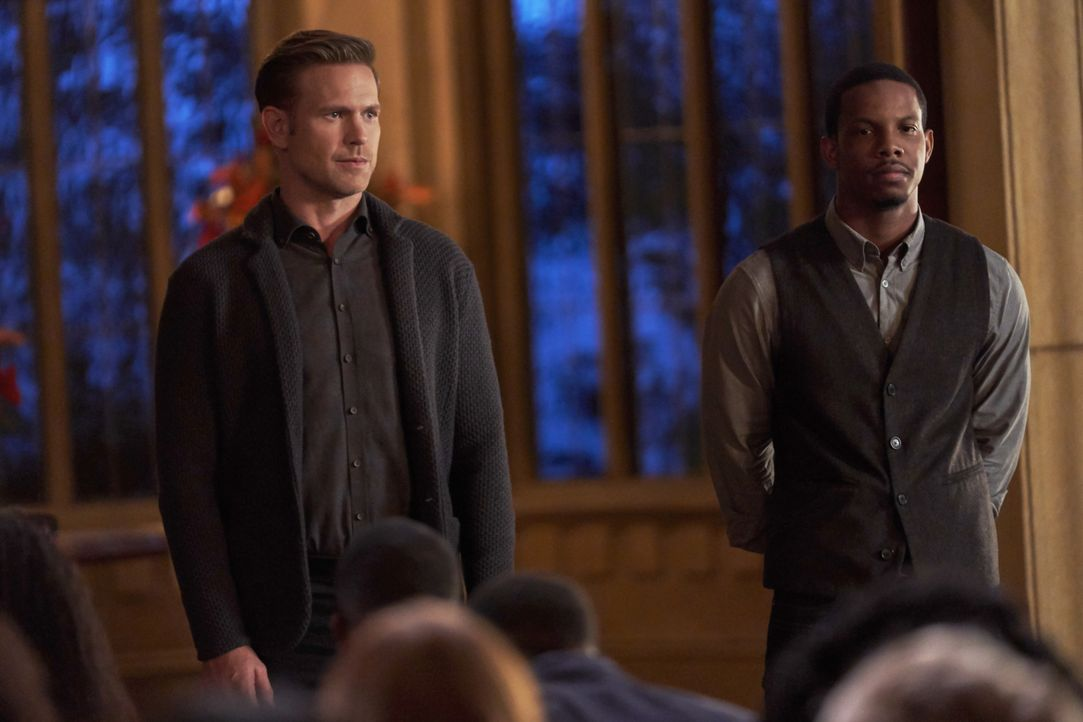 Alaric Saltzman (Matt Davis, l.); Dorian Williams (Demetrius Bridges, r.) - Bildquelle: Bob Mahoney 2018 The CW Network, LLC. All rights reserved. / Bob Mahoney