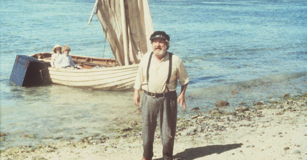 Nach dem Schiffsunglück stranden Richard (Glenn Kohan, M.), Emmeline (Elva Josephson, l.) und der Koch Paddy (Leo McKern, r.) auf einer einsamen In... - Bildquelle: Columbia Pictures
