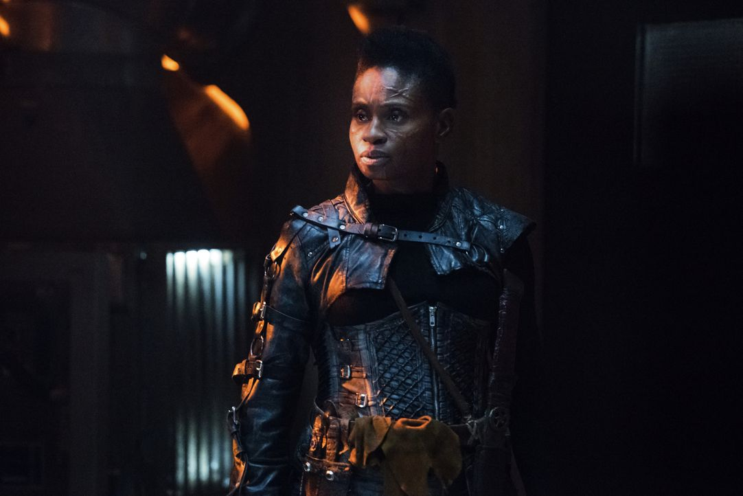 Indra (Adina Porter) - Bildquelle: Dean Buscher 2018 The CW Network, LLC. All rights reserved./Dean Buscher