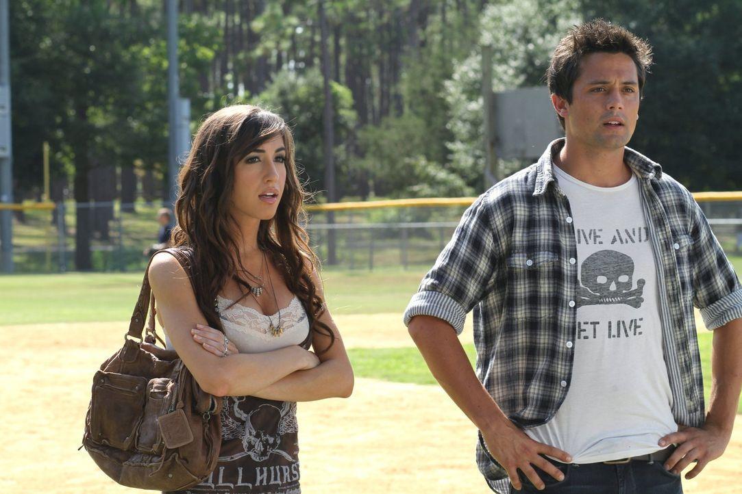 Das Verhältnis zwischen Mia (Kate Voegele, l.) und Chase (Stephen Colletti, r.) ist mehr als nur angespannt ... - Bildquelle: Warner Bros. Pictures