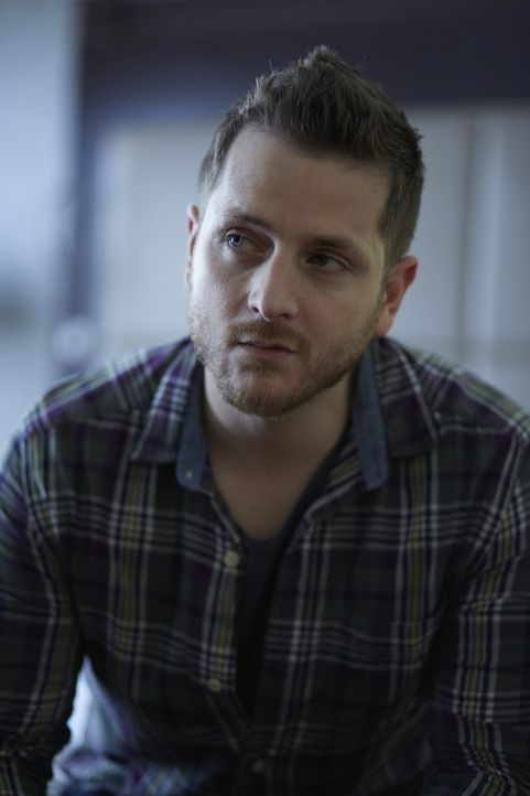 Während der Rest des Rudels nach Malcolm sucht, will Joey (Elias Toufexis) vor allem seine schwangere Freundin finden ... - Bildquelle: 2015 She-Wolf Season 2 Productions Inc.
