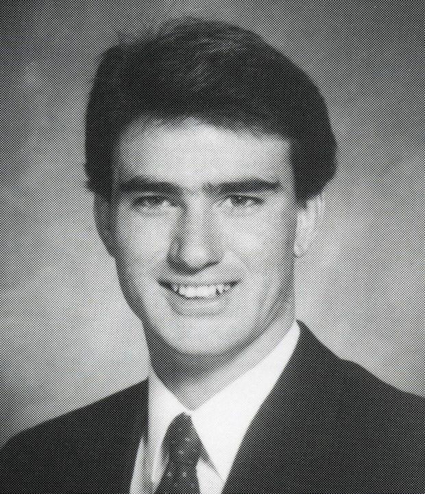 Michael Turpin wird von Freunden und Kollegen seiner Frau ermordet, nachdem diese sich entschieden hat, ein neues Leben mit ihrer Geliebten zu begin... - Bildquelle: 2016 NBCUniversal Alle Rechte vorbehalten