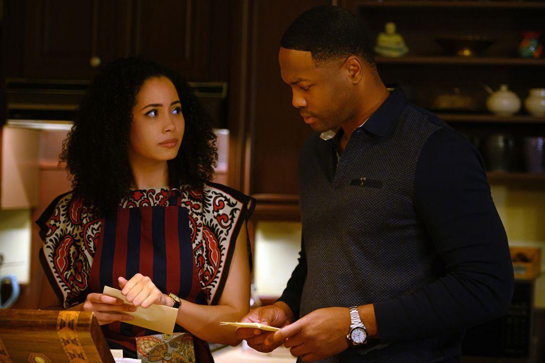Macy Vaughn (Madeleine Mantock, l.); Galvin Burdette (Ser'Darius Blain, r.) - Bildquelle: Diyah Pera 2019 The CW Network, LLC. All Rights reserved.