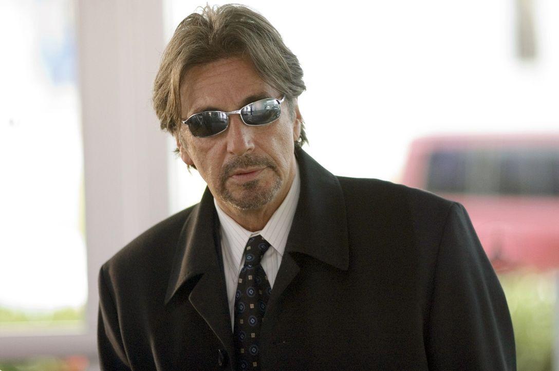 Der Chef einer der größten Sportwettagenturen des Landes, Walter Abraham (Al Pacino), engagiert einen hellseherisch begabten Ex-Sportler, der sein... - Bildquelle: Morgan Creek Productions