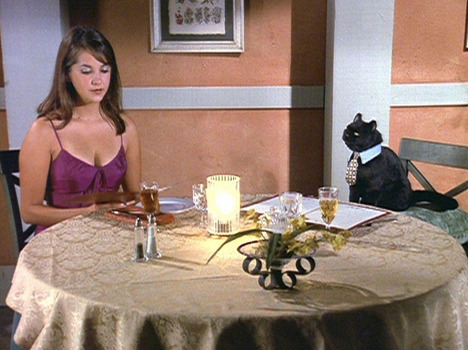 """Ein Romantisches Diner: Salem (r.) mit seiner """"Zeitungs- annoncenbekanntschaft"""". - Bildquelle: Paramount Pictures"""