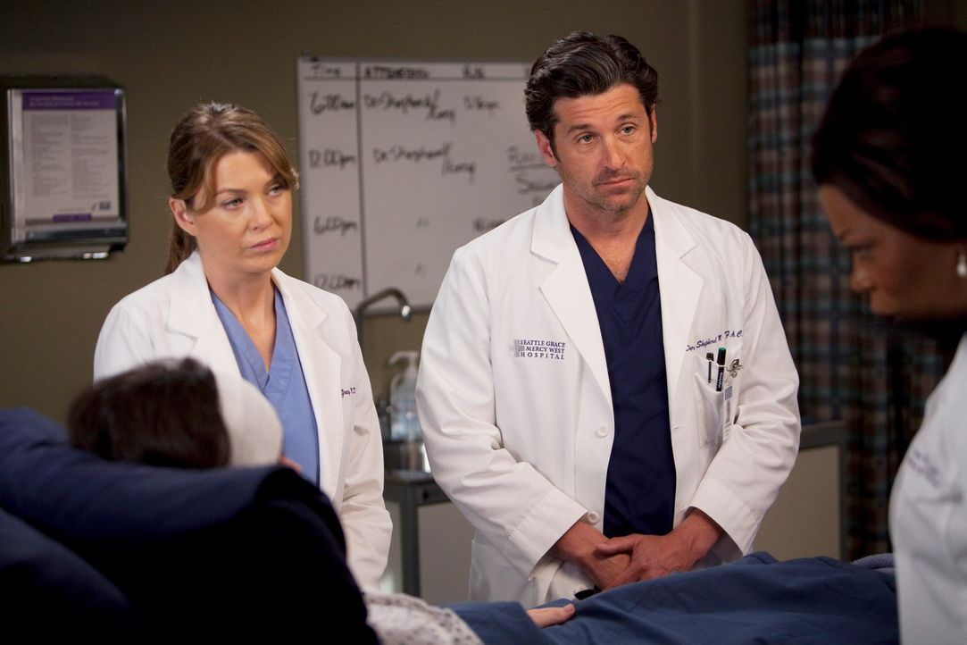 Kümmern sich um die schwerverletzte Holly (Vanessa Marano, l.): Dr. Fincher (Lorraine Toussaint, r.), Derek (Patrick Dempsey, 2.v.r.), Meredith (Ell... - Bildquelle: Touchstone Television