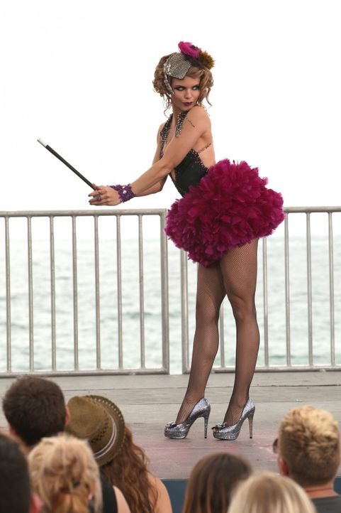 Naomi (AnnaLynne McCord) organisiert einen Benefizwettbewerb für Raj, um Geld für seine neue Krebstherapie aufzutreiben ... - Bildquelle: 2011 The CW Network. All Rights Reserved.