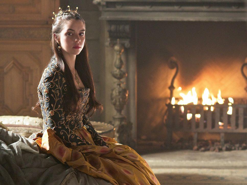Während Francis' bewusstlos ist, muss Mary (Adelaide Kane) die Rolle des Königs übernehmen ... - Bildquelle: Sven Frenzel 2014 The CW Network, LLC. All rights reserved.