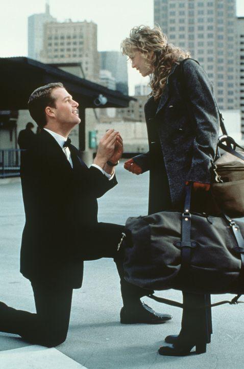 Eines Tages fühlt sich Jimmy (Chris O'Donnell, l.) bemüßigt, seiner Freundin Anne (Renée Zellweger, r.) einen Heiratsantrag zu machen. Mit einem... - Bildquelle: New Line Cinema