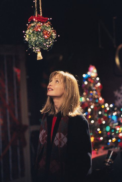 Noch freut sich Ally (Calista Flockhart) auf Weihnachten mit Larry ... - Bildquelle: 2000 Twentieth Century Fox Film Corporation. All rights reserved.