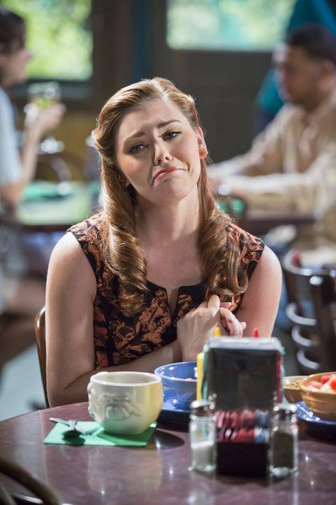 Noch ahnt Annabeth (Kaitlyn Black) nicht, welche riesige Überraschung auf sie zukommt ... - Bildquelle: Warner Brothers
