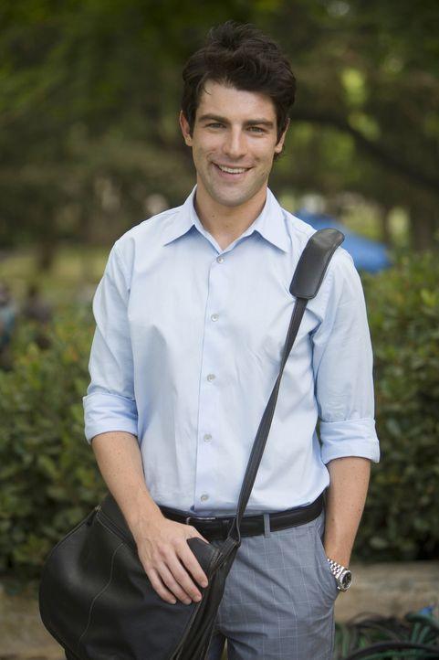 Würde in Zukunft gerne in Princeton arbeiten, weiß jedoch, dass er ohne Hilfe von Beziehungen keine Stelle kriegen wird. Michael (Max Greenfield) ho... - Bildquelle: 2008 ABC Family