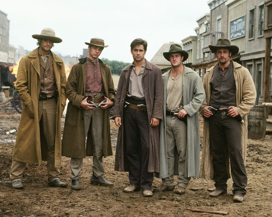 Die berüchtigte James-Younger-Gang (v.l.n.r.): Bob Younger (Will McCormack), Jim Younger (Gregory Smith), Jesse James (Colin Farrell), Cole Younger... - Bildquelle: Warner Bros.