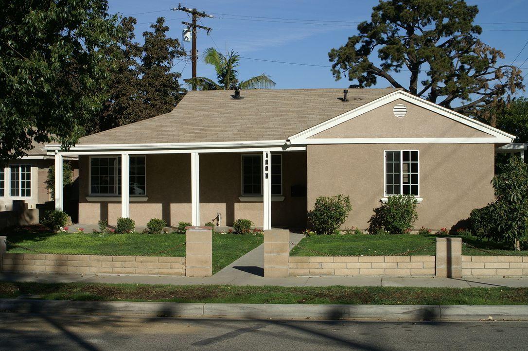 Ist es wirklich eine gute Idee, ein Haus in Anaheim zu kaufen, in dessen Inneres Tarek und Christina vorher nicht hineinschauen können? - Bildquelle: 2014, HGTV/Scripps Networks, LLC. All Rights Reserved.