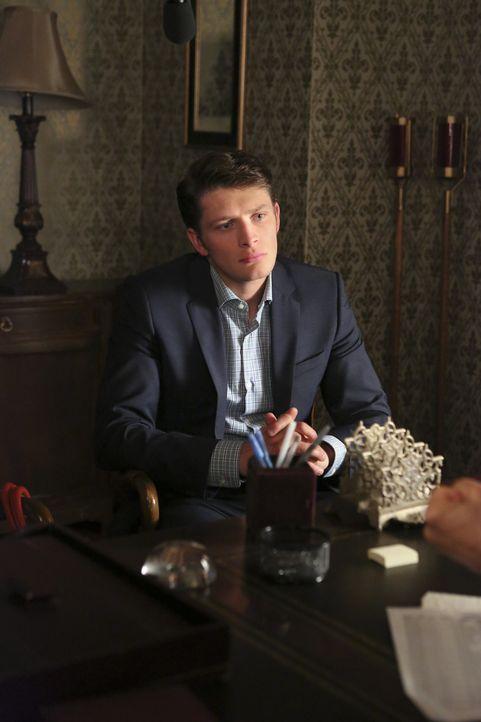 Ahnt noch nicht, dass seine zukünftige Frau Jane, Gefühle für Rafael hat: Michael (Brett Dier) ... - Bildquelle: 2014 The CW Network, LLC. All rights reserved.