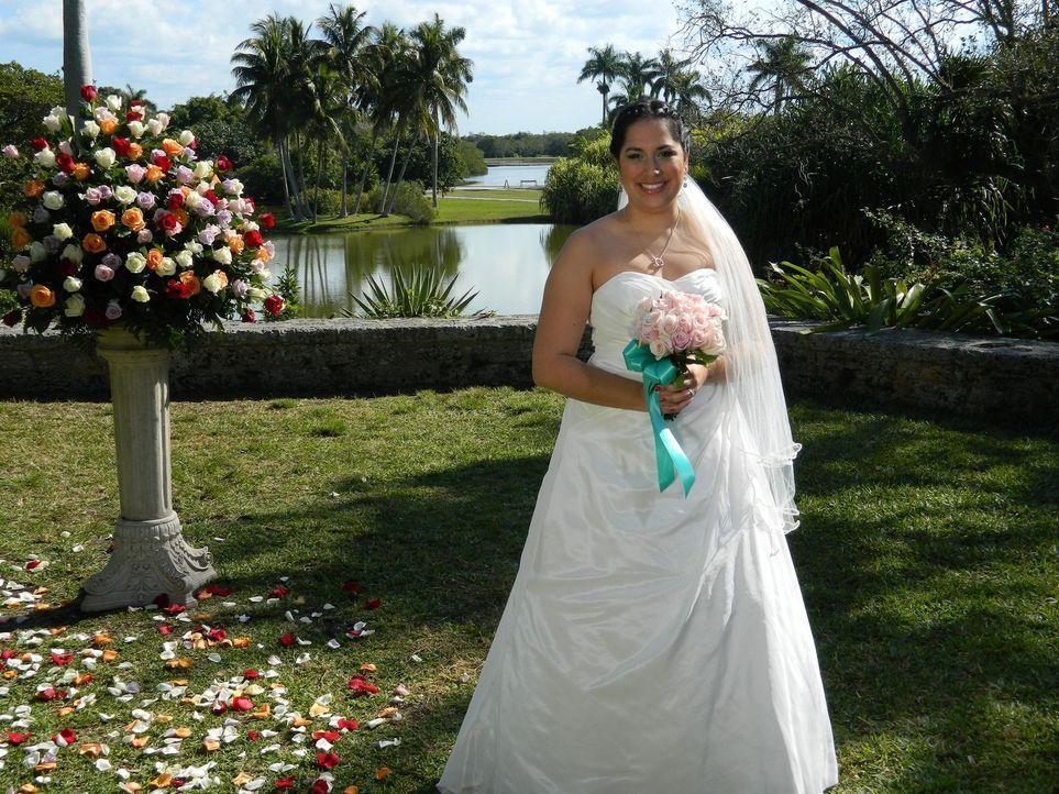Auch Vivian möchte die perfekte Hochzeit feiern und die traumhafte Hochzeitsreise gewinnen ... - Bildquelle: Richard Vagg DCL