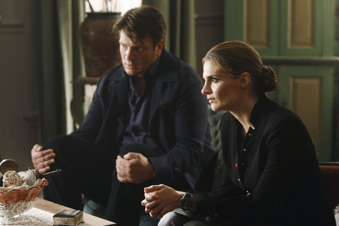 Der Geisterjäger John Sinclair wird ermordet. Ein spannender Fall für Richard Castle (Nathan Fillion, l.) und Kate Beckett (Stana Katic, r.) ... - Bildquelle: 2011 American Broadcasting Companies, Inc. All rights reserved.