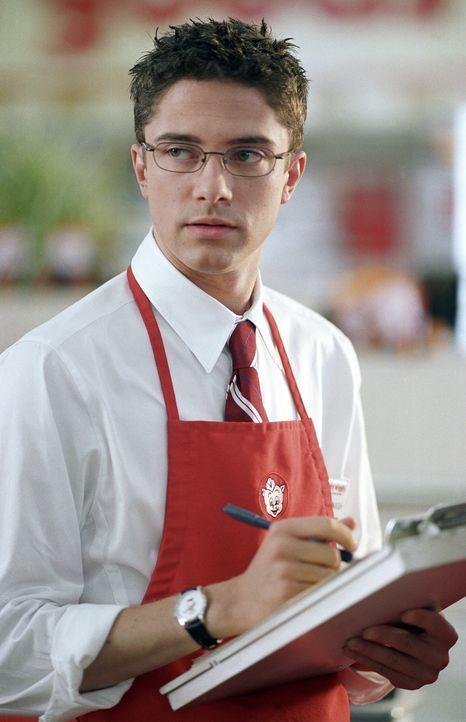 Rosalee Futch arbeitet in einem Supermarkt an der Seite von Pete (Topher Grace). Während dieser sie heimlich anhimmelt, träumt Rosalee von Filmstar... - Bildquelle: 2004 DreamWorks LLC. All Rights Reserved.