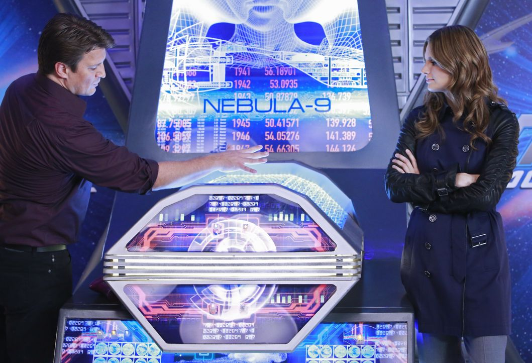 Der aktuelle Fall führt Beckett (Stana Katic, r.) und Castle (Nathan Fillion, l.) in fremde Galaxien ... - Bildquelle: 2012 American Broadcasting Companies, Inc. All rights reserved.