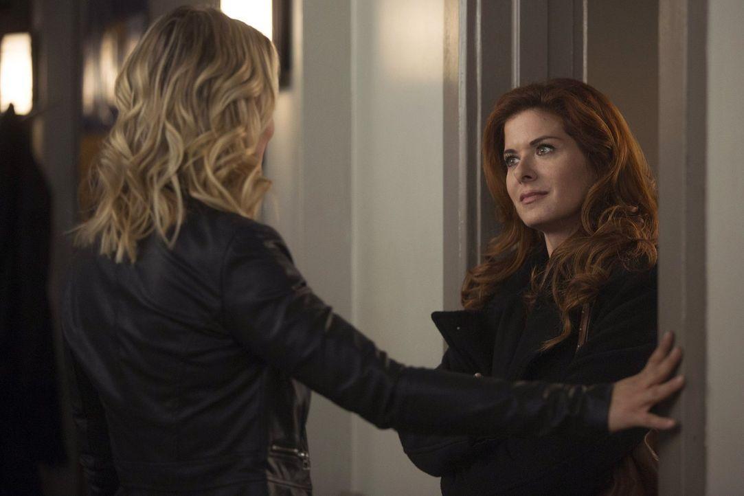Müssen gemeinsam in einem neuen Fall ermitteln: Angela (Anastasia Griffith, l.) und Laura (Debra Messing, r.) ... - Bildquelle: Warner Bros. Entertainment, Inc.