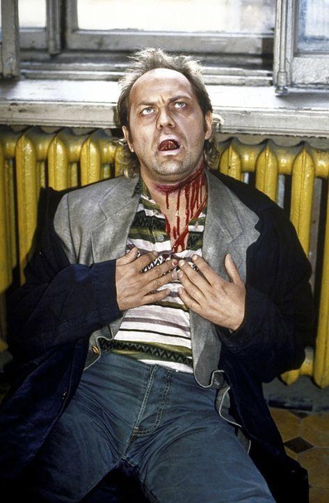 Offensichtlich ist Hajo Kroll (Uwe Ochsenknecht) tödlich verunglückt ... - Bildquelle: York Maecke ProSieben