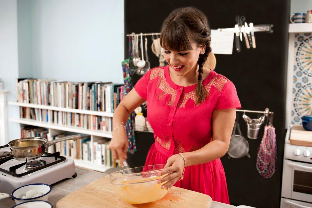 Mit Elan, viel Spaß und Können kredenzt Rachel Khoo einige ganz besondere Gerichte ... - Bildquelle: Des Willie BBC Worldwide 2013