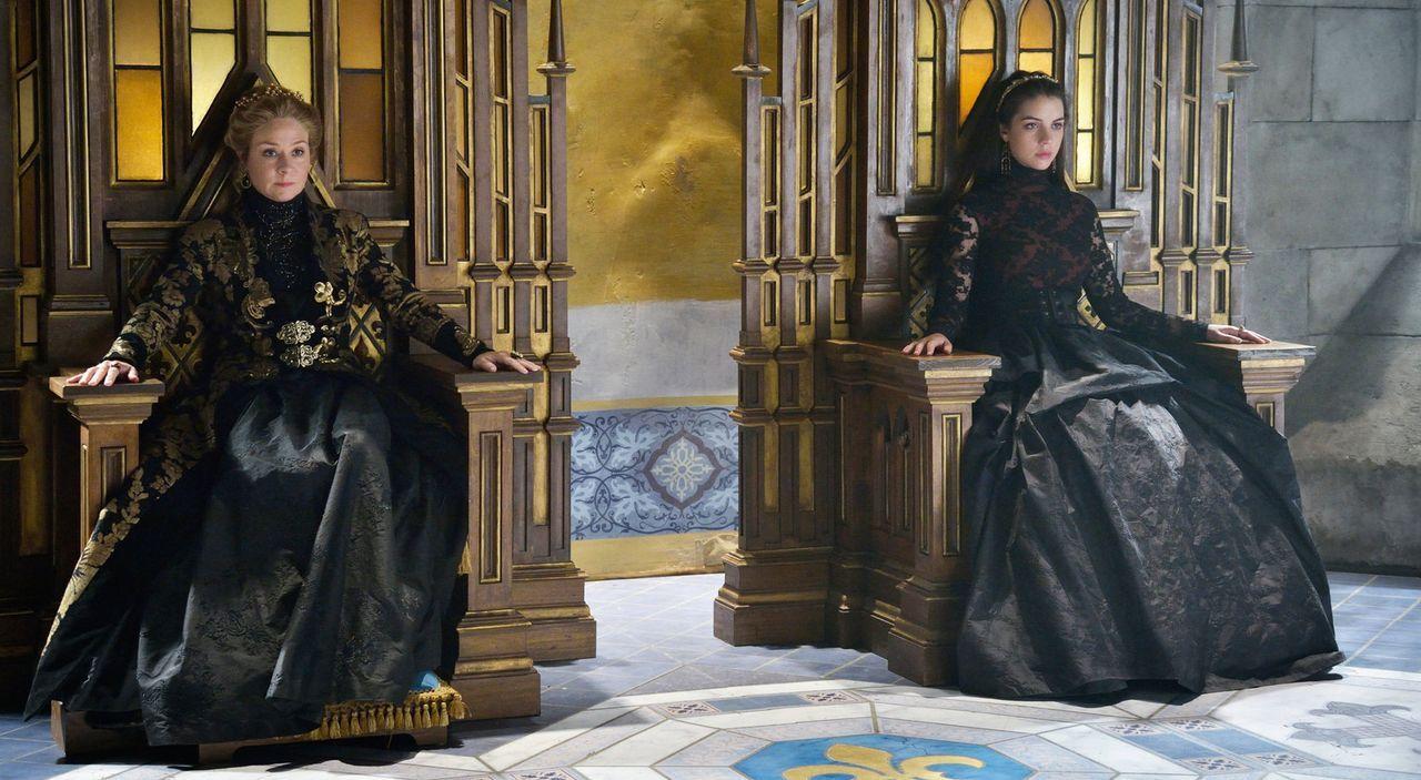 2 Königinnen - Bildquelle: 2014 The CW Network, LLC. All rights reserved.