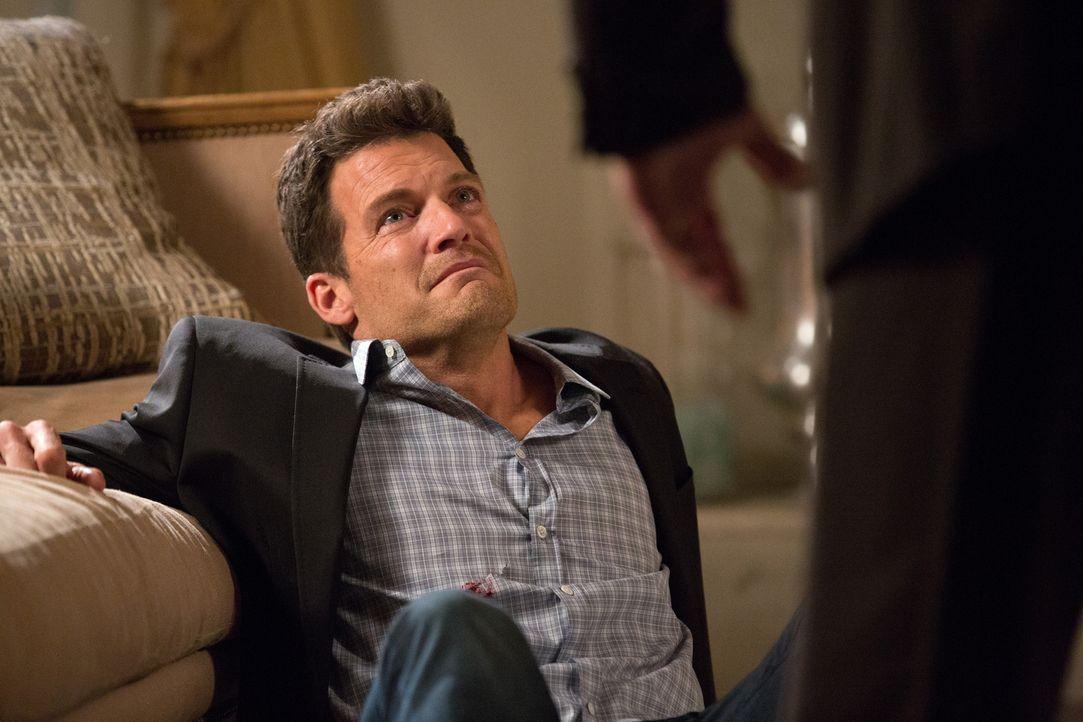 Marisol treibt Nick (Mark Deklin) zu einem Geständnis, dass einige Leben auf den Kopf stellen wird ... - Bildquelle: 2014 ABC Studios
