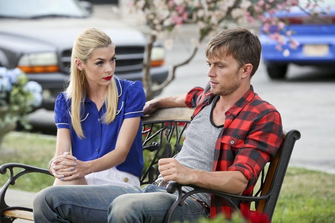 Hart of Dixie: Gespräch zwischen Lemon und Wade - Bildquelle: Warner Bros. Entertainment Inc.