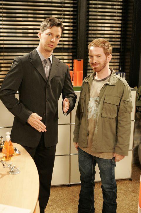 Jack (Sean Hayes, l.) hat Probleme mit seiner neuesten Show, da der ehemalige Kinderstar Randall (Seth Green, r.) es nicht schafft, seinen Visionen... - Bildquelle: Chris Haston NBC Productions
