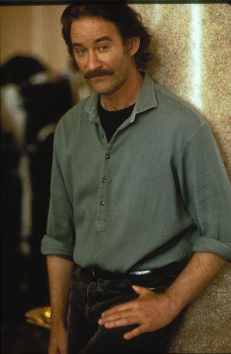 Lebenskünstler Luc (Kevin Kline) möchte Weinbauer werden - am liebsten mit Kate ... - Bildquelle: 1995 ORION PICTURES CORPORATION. All Rights Reserved