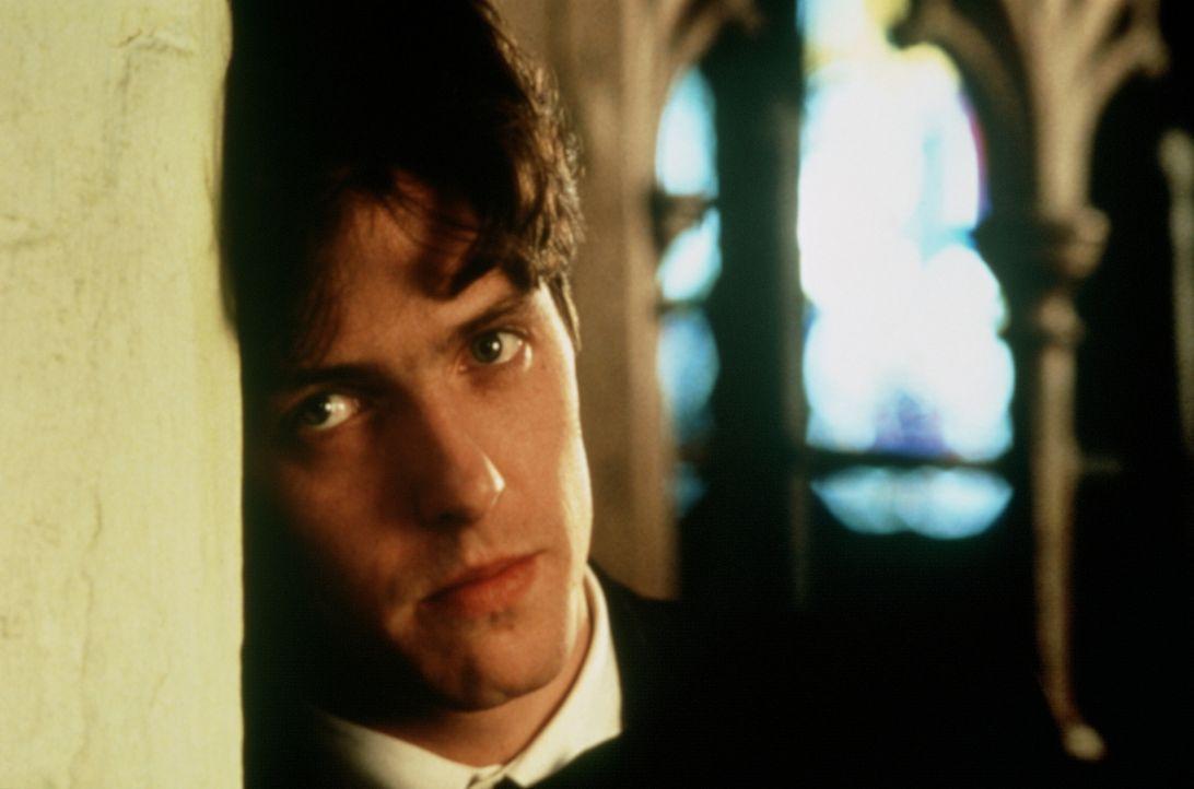 Charles' (Hugh Grant) Träume zerbrechen, als ihm Carrie ihren reichen Verlobten vorstellt ... - Bildquelle: Gramercy Pictures