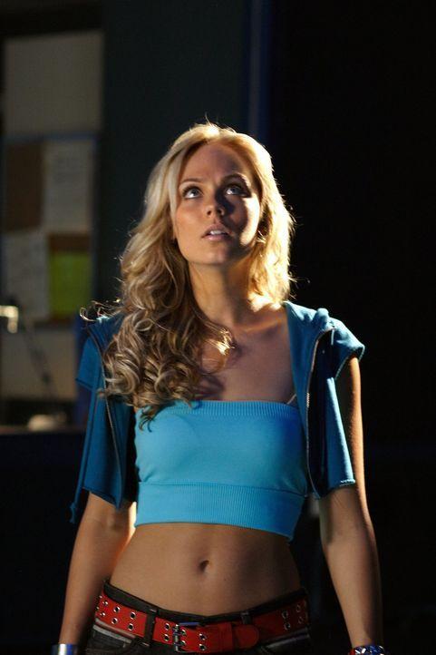 Sagt Kara, die Besucherin von Krypton, die Wahrheit und erfüllt somit wirklich einen Auftrag von Clarks Vater? - Bildquelle: Warner Bros.