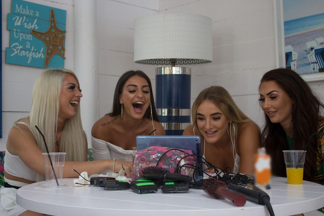 (v.l.n.r.) Ericka; Nicole; Rosie; Tyler - Bildquelle: Twofour