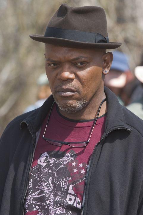 Nur Detective Lorenzo Council (Samuel L. Jackson) glaubt kein Wort von Brenda Martins dubioser Entführungsgeschichte ... - Bildquelle: Sony Pictures Television International. All Rights Reserved.