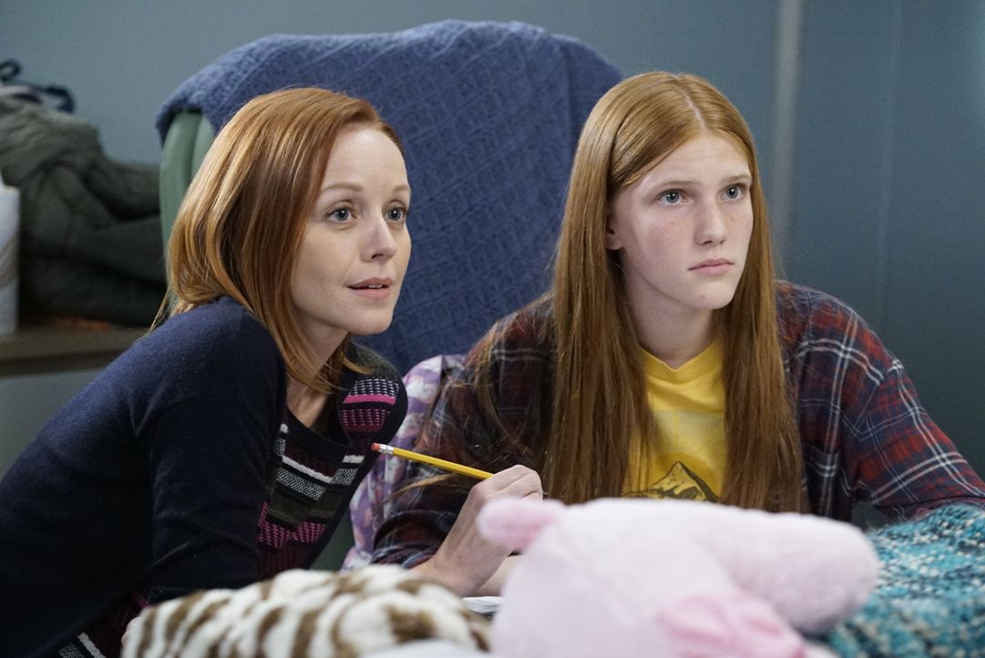 Hadley (Lindy Booth, l.); Matty (Ava DeVoe, r.) - Bildquelle: Kelsey McNeal 2020 American Broadcasting Companies, Inc. All rights reserved. / Kelsey McNeal