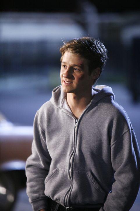 Unterstützt Sadie bei der Suche nach Jack, Johnnys Vater: Ryan (Benjamin McKenzie) ... - Bildquelle: Warner Bros. Television