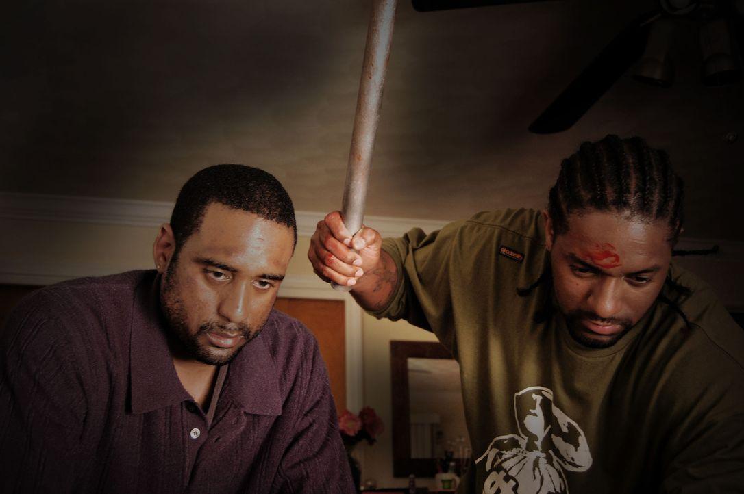 Kann die Polizei die Hauptverdächtigen, einen Mann und seinen Neffen, stoppen, bevor diese weiter Familien auf brutalste Weise ermorden? - Bildquelle: M2 Pictures