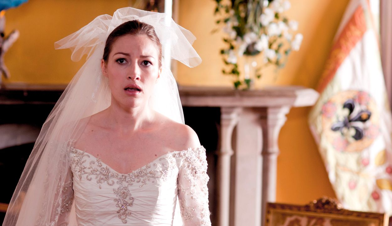Nachdem ihre eigenen Hochzeitsträume geplatzt sind, soll Katie (Kelly MacDonald) als Lockvogel dienen, um von einem prominenten, heiratswilligen Pa... - Bildquelle: Tiberius Film GmbH