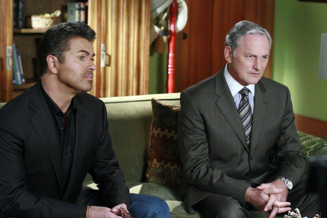 George Michael (l.) geht vor Gericht. Jordan (Victor Garber, l.) ist hell erfreut, den berühmten Star vertreten zu können ... - Bildquelle: Disney - ABC International Television