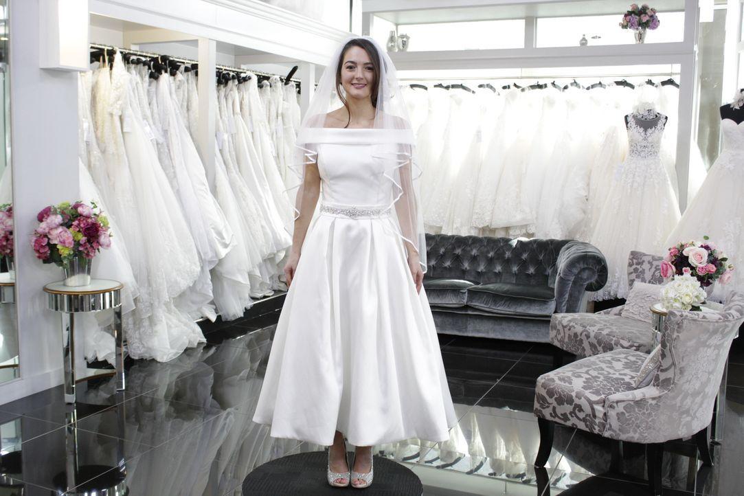 Braut Claire wünscht sich eine glamouröse Hochzeit. Sie setzt sich selbst se... - Bildquelle: TLC & Discovery Communications