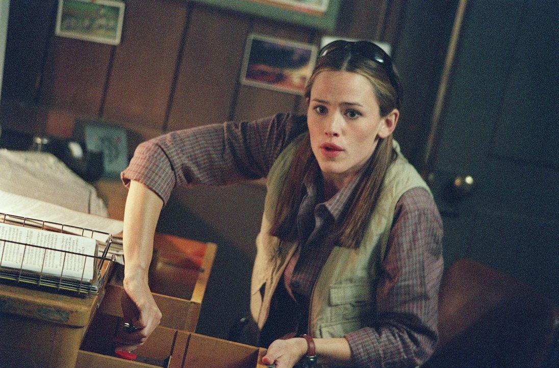 Der SD-6 Agent Noah Hicks und Sydney (Jennifer Garner) hatten vor Jahren ein Verhältnis. Jetzt müssen sie zusammen in Russland einen Auftrag ausf - Bildquelle: Touchstone Television