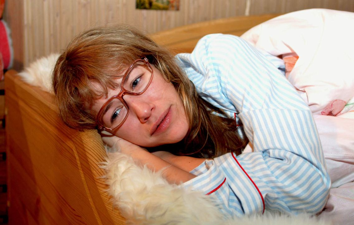 Lisa (Alexandra Neldel) ist unglücklich. Trotz der gelungenen Präsentation, glaubt sie, dass sie nie wirkliche Anerkennung bekommen wird. (Dieses Fo... - Bildquelle: Monika Schürle SAT.1 / Monika Schürle