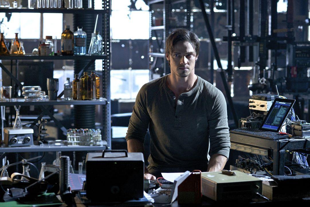 Wird er jemals ein normales Leben führen können? Vincent (Jay Ryan) will die Hoffnung nicht aufgeben ? - Bildquelle: 2012 The CW Network, LLC. All rights reserved.